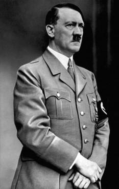 Adolf Hitler (n. 20 aprilie 1889, Braunau am Inn, Austria – d. 30 aprilie 1945, Berlin) om politic, lider al Partidului Muncitoresc German Național-Socialist (NSDAP), cancelar al Germaniei din 1933, iar din 1934 conducător absolut (Führer) al Germaniei - foto: ro.wikipedia.org