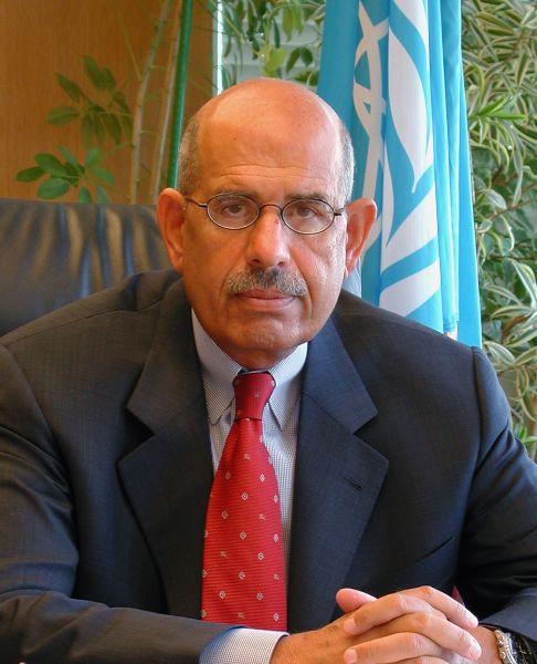 Mohamed El Baradei, scris și ElBaradei (n. 17 iunie 1942 la Cairo, Egipt) este un politician egiptean, fost director general al Agenției Internaționale pentru Energie Atomică, laureat al Premiului Nobel pentru Pace în 2005 și fost vicepreședinte al Egiptului între 14 iulie - 14 august 2013 - foto preluat de pe en.wikipedia.org
