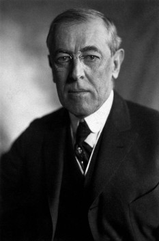 Thomas Woodrow Wilson (December 28, 1856 – February 3, 1924) was an American politician and academic who served as the 28th President of the United States from 1913 to 1921 - foto - en.wikipedia.org