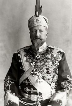 Ferdinand (26 februarie 1861 – 10 septembrie 1948),[1] născut Ferdinand Maximilian Karl Leopold Maria de Saxa-Coburg și Gotha-Koháry, a fost conducător al Bulgariei din 1887 până în 1918, inițial ca knyaz (prinț regent, 1887–1908) mai târziu ca țar (1908–1918). De asemenea, a fost autor, botanist, entomolog și filatelist - foto - ro.wikipedia.org