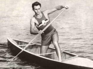 Leon Rotman (n. 22 iulie 1934, București) canoist evreu român, dublu laureat cu aur la Melbourne 1956 și laureat cu bronz la Roma 1960 - foto - ro.wikipedia.org