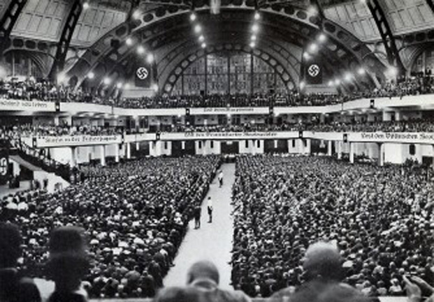 Miting electoral al NSDAP din Frankfurt Festhalle, 1932 - foto: lagis-hessen.de