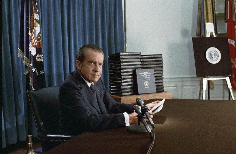 Nixon anunță publicarea stenogramelor după înregistrările Watergate la 29 aprilie 1974 - foto: ro.wikipedia.org