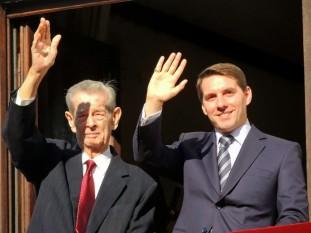 Regele Mihai si nepotului său Nicolae - foto - casa-regala.blogspot.ro