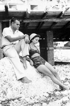 Alberto Moravia, nume la naștere, Alberto Pincherle, (n. 28 noiembrie 1907 – 26 septembrie 1990), unul din cei mai de seamă romancieri italieni ai secolului 20 - foto (Alberto Moravia împreună cu Elsa Morante): ro.wikipedia.org