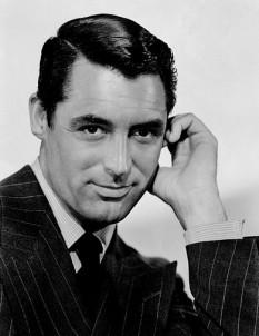 Cary Grant, numele la naștere, Archibald Alexander Leach (n. 18 ianuarie 1904, Anglia – d. 29 noiembrie 1986, Statele Unite), una dintre marile stele americane de film ale Hollywood-ului de altădată, laureat al Premiului Oscar - foto (Cary Grant în 1941): ro.wikipedia.org