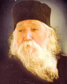 Părintele Cleopa Ilie (10 aprilie 1912 - 2 decembrie 1998), arhimandrit și viețuitor la Mănăstirea Sihăstria – Neamț, unul dintre cei mai însemnați duhovnici și predicatori români ai secolului XX - foto: doxologia.ro