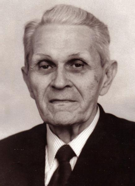 Corneliu (Cornel) Coposu (n. 20 mai 1914, Bobota, Sălaj – d. 11 noiembrie 1995, Bucureşti) a fost un politician român, liderul opoziţiei din România postcomunistă - foto preluat de pe ro.wikipedia.org