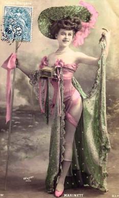 Costume, c. 1900 - foto: en.wikipedia.org