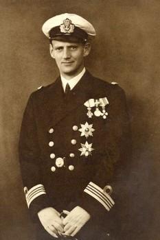 Frederic al IX-lea (Christian Frederik Franz Michael Carl Valdemar Georg) (11 martie 1899 – 14 ianuarie 1972) a fost rege al Danemarcei din 20 aprilie 1947 până la moarte sa. A fost fiul regelui Christian al X-lea al Danemarcei și al reginei Alexandrine, născută ducesă de Mecklenburg - in imagine, Frederic al IX-lea in 1935) - foto: ro.wikipedia.org