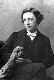 Lewis Carroll (pseudonimul lui Charles Lutwidge Dodgson) (n. 27 ianuarie 1832 la Daresbury - d. 14 ianuarie 1898 la Guildford) a fost un prozator, matematician, logician, cleric și fotograf englez - in imagine, Lewis Carroll in 1863 - foto: ro.wikipedia.org