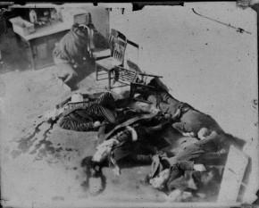 14 februarie 1929: A avut loc, la Chicago, Masacrul de Sf. Valentin, ordonat de celebrul gangster italo- american Al Capone - foto: cersipamantromanesc.wordpress.com