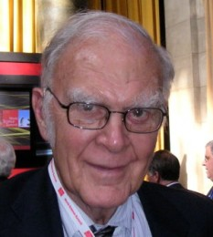 Frank Sherwood Rowland (n. 28 iunie 1927 – d. 10 martie 2012) a fost un chimist american, laureat al Premiului Nobel pentru chimie (1995) - foto: ro.wikipedia.org