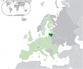 Lituania este o țară baltică în Europa de Nord. Capitala țării este Vilnius. Granița de vest a țării o constituie Marea Baltică. În nord se învecinează cu Letonia, în sud-est cu Belarus, în sud cu Polonia iar în sud-vest cu Rusia prin exclava sa Kaliningrad, obținută în urma redefinirii multor granițe în Europa la începutul perioadei numită a Cortinei de fier. Populația Lituaniei este de aproximativ 3 milioane, iar capitala și cel mai mare oraș este Vilnius. Lituanienii sunt un popor baltic. Atât limba oficială, lituaniana cât și letona sunt singurele limbi din ramura baltică a familiei de limbi indo-europene care încă se mai vorbesc astăzi - foto: ro.wikipedia.org