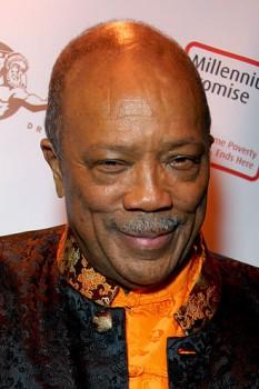 Quincy Delightt Jones, Jr. (n. 14 martie 1933, Chicago) este un cântăreț, textier, compozitor, producător și aranjor american - in imagine, Quincy Jones în 2008 - foto: ro.wikipedia.org