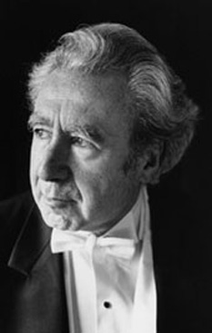 Sergiu Comissiona (n. 16 iunie 1928, București - d. 5 martie 2005, Oklahoma City, Oklahoma, USA) a fost un dirijor si violonist israelian - american originar din România - foto: ro.wikipedia.org