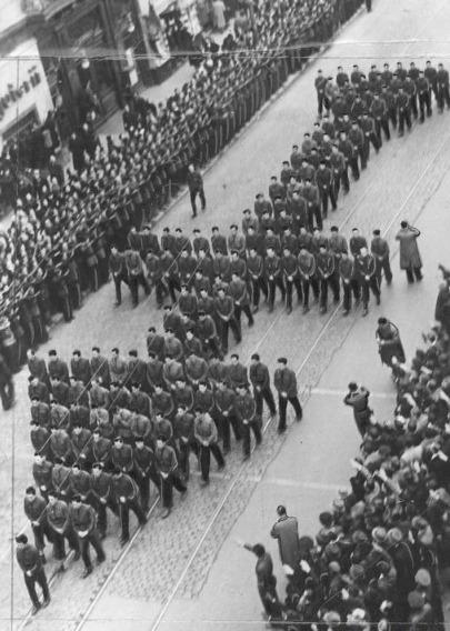 Funeraliile lui Corneliu Zelea Codreanu - foto preluat de pe ro.wikipedia.org