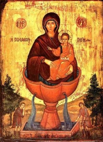 """""""Izvorul Tămăduirii"""" sau """"Vinerea Izvorului Tămăduirii"""" este un praznic al Maicii Domnului așezat de Biserica Ortodoxă în Vinerea din Săptămâna luminată, amintind de una din minunile Maicii Domnului. Sărbătoarea datează din a doua jumătate a primului mileniu creștin și este dependentă de data Paștilor. O prăznuire distinctă a icoanei Maicii Domnului-Izvorul Tămăduirii se face pe 4 aprilie. Sărbătoarea face referire la o vindecare minunată a unui orb ce și-a recăpătat vederea după ce și-a udat fața cu apa unui izvor situat într-o pădure din apropierea Constantinopolului. Biserica zidită pe locul unde se găsea acel izvor din porunca împăratului a primit numele de """"Izvorul Tămăduirii"""" și multe minuni au continuat să se petreacă acolo de-a lungul timpului. În biserici și mănăstiri, după Sfânta Liturghie, în această zi se săvârșește sfințirea mică a apei la fântâni și izvoare, iar în unele părți preoții fac și botezarea generală a caselor credincioșilor, cu agheasma mică - foto: doxologia.ro"""