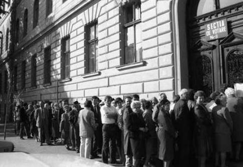 Alegerile de la 20 mai 1990 - foto: agerpres.ro