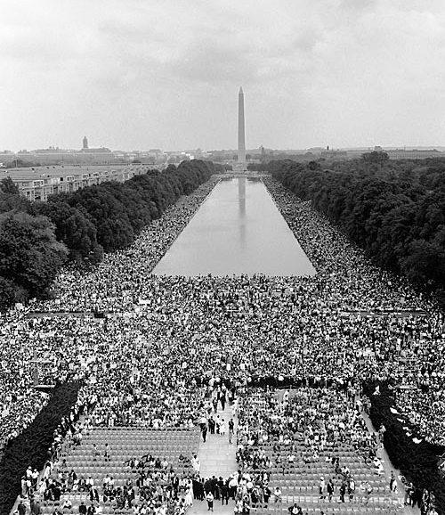 Vedere de la Monumentul Lincoln către Monumentul Washington la 28 august 1963 - foto: ro.wikipedia.org