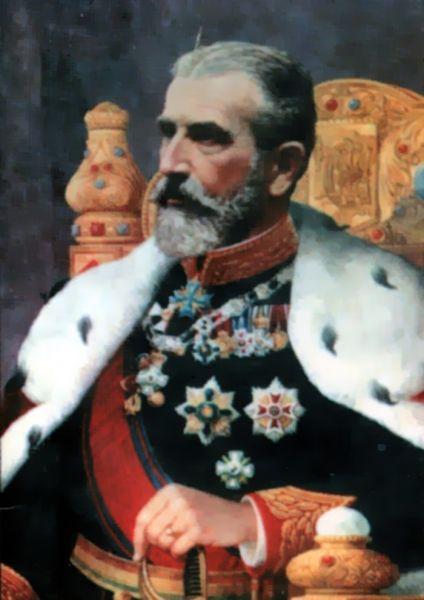 Carol I al României, Principe de Hohenzollern-Sigmaringen, pe numele său complet Karl Eitel Friedrich Zephyrinus Ludwig von Hohenzollern-Sigmaringen, (n. 20 aprilie 1839, Sigmaringen - d. 10 octombrie 1914, Sinaia) a fost domnitorul, apoi regele României, care a condus Principatele Române și apoi România după abdicarea forțată de o lovitură de stat a lui Alexandru Ioan Cuza. Din 1867 a devenit membru de onoare al Academiei Române, iar între 1879 și 1914 a fost protector și președinte de onoare al aceleiași instituții. În cei 48 de ani ai domniei sale (cea mai lungă domnie din istoria statelor românești), Carol I a obținut independenta tarii, a redresat economia, a dotat România cu o serie de instituții specifice statului modern și a pus bazele unei dinastii. A construit în Sinaia castelul Peles care a rămas și acum una dintre cele mai vizitate atracții turistice ale țării. După razboiul de independenta din 1877-1878, România a câștigat Dobrogea (dar a pierdut sudul Basarabiei).. Tot regele Carol a dispus ridicarea primului pod peste Dunare, între Fetesti si Cernavoda, care să lege noua provincie Dobrogea de restul țării - foto: ro.wikipedia.org