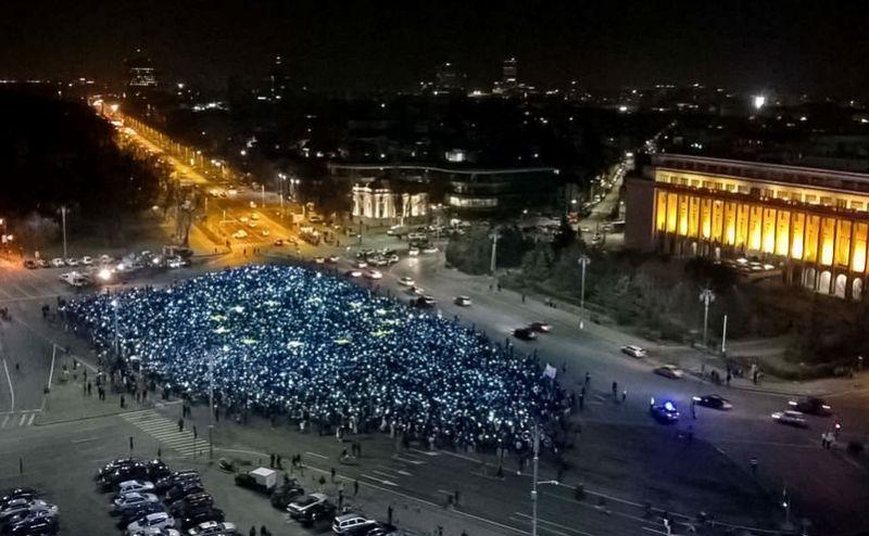 Operatiunea Steagul UE + Revolutia Luminii (Bucuresti, Piata Victoriei, 26 februarie 2017) - foto: Claudia Craiu