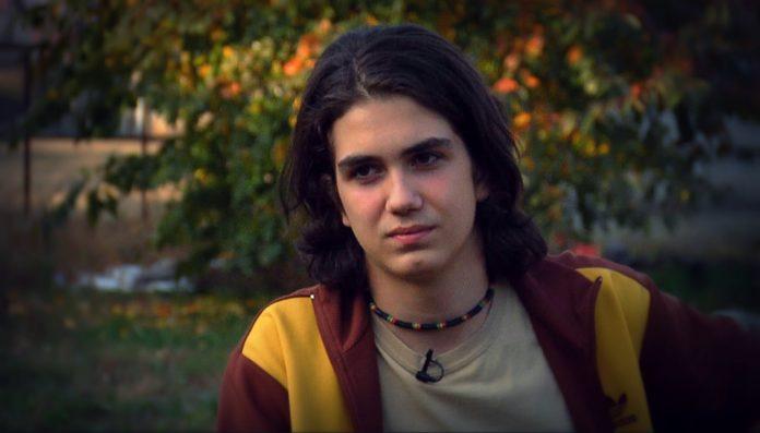 Tudor Helgiu (16 ani) refuză să accepte reguli înainte de a primi explicații - foto preluat de pe recorder.ro