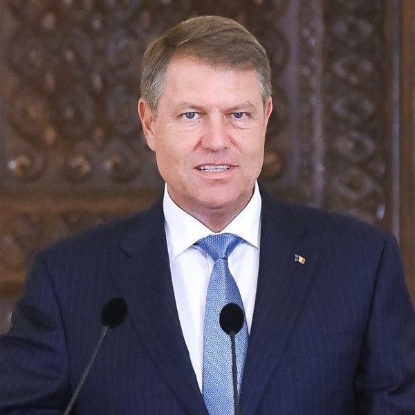 Președintele României Klaus IOHANNIS - foto preluat de pe www.facebook.com/klausiohannis