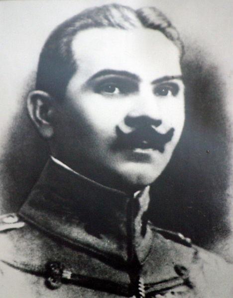 Gheorghe Argeşanu, scris în evidenţele militare româneşti Gheorghe Argeşeanu,[1] (n. 28 februarie 1883, Caracal – d. 26/27 noiembrie 1940, Jilava) a fost un general şi om de stat român - foto preluat de pe ro.wikipedia.org