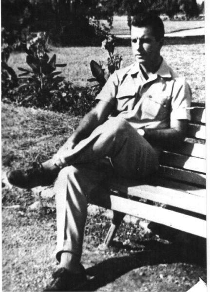 """Mihai Rădulescu (16 noiembrie 1919, Italia – 31 octombrie 1959, închisoarea spital Văcărești) muzician. Arestat în septembrie 1959, împreună cu alte zeci de persoane și implicat în ceea ce s-a numit in lotul """"Noica-Pillat"""" A murit la Văcărești, în timpul anchetei, cu câteva zile înainte de a împlini 40 de ani - foto preluat de pe www.memorialsighet.ro"""