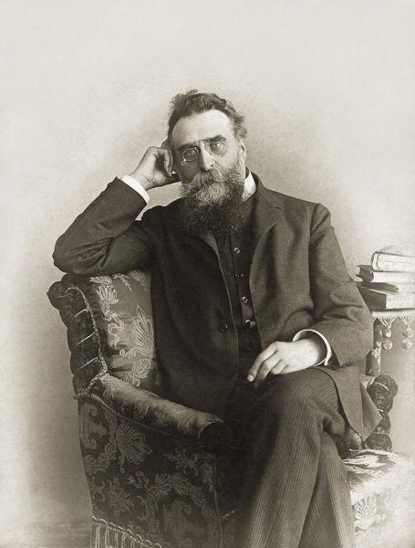 """Jonas Basanavičius (n. 23 noiembrie 1851 în Ožkabaliai - d. 16 februarie 1927 în Vilnius) a fost un activist, fondator al primului ziar în limba lituaniană, """"Aušra"""", precum şi semnatar al Declaraţiei de Independenţă a Lituaniei (președintele Consiliului la semnarea Actului de la 16 februarie) - foto preluat de pe ro.wikipedia.org"""