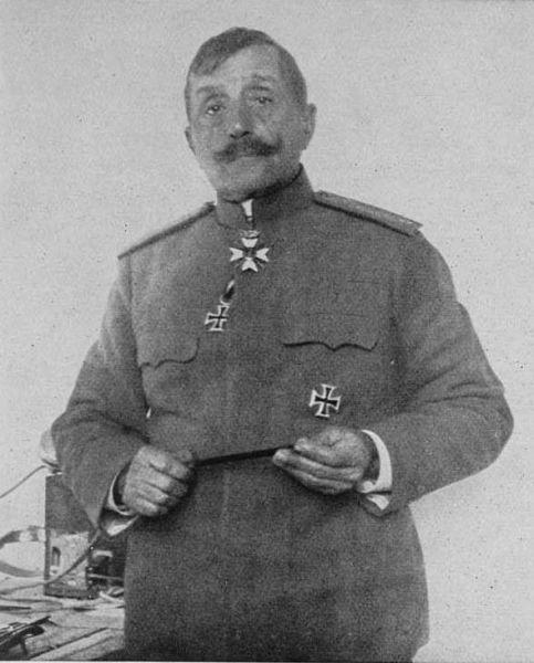 Ştefan Toşev (n. 18 decembrie 1859, Stara Zagora, Imperiul Otoman – d. 27 noiembrie 1924, Plovdiv, Bulgaria) a fost un general de infanterie care a participat la Primul Război Mondial. Anterior a luptat şi în Războiul Sârbo-Bulgar (1885), în Primul (1912-1913) şi al Doilea Război Balcanic (1913) - foto preluat de pe ro.wikipedia.org