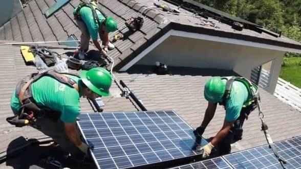 Strategia--solara--a-miliardarului-Elon-Musk--model-pentru-investitii-record