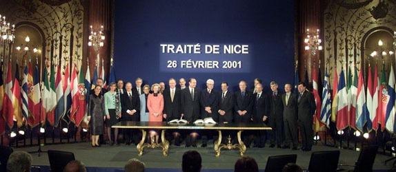 Tratatul de la Nisa (26 februarie 2001) - foto preluat de pe www.europarl.europa.eu