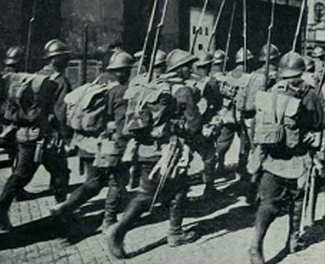 Armata-Romana-intrand-in-Budapesta