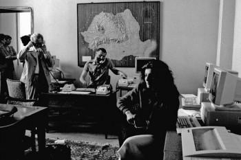 Imagini de la Biroul Electoral Central, 17 mai 1990 Foto: (c) Ilie MARIAN / Arhiva AGERPRES