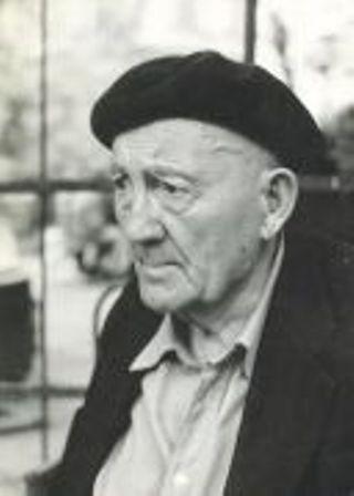 Petre Țuțea (n. 6 octombrie 1902 - d. 3 decembrie 1991) a fost un eseist, filosof și economist român, membru al Mișcării Legionare - foto preluat de pe Istoria.md