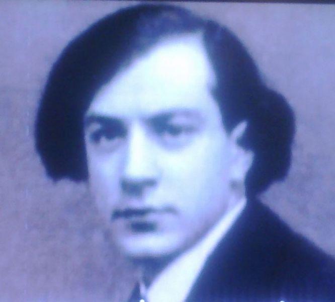 Henri Marie Coandă (n. 7 iunie 1886 - d. 25 noiembrie 1972) a fost un academician și inginer român, pionier al aviației, fizician, inventator, inventator al motorului cu reacție și descoperitor al efectului care îi poartă numele. A fost fiul generalului Constantin Coandă, prim-ministru al României în 1918 - in imagine, Henri Coandă în 1911 - foto preluat de pe ro.wikipedia.org