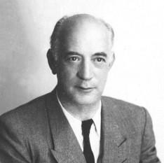 Henri Marie Coandă (n. 7 iunie 1886 - d. 25 noiembrie 1972) academician și inginer român, pionier al aviației, fizician, inventator, inventator al motorului cu reacție și descoperitor al efectului care îi poartă numele - foto roportal.ro