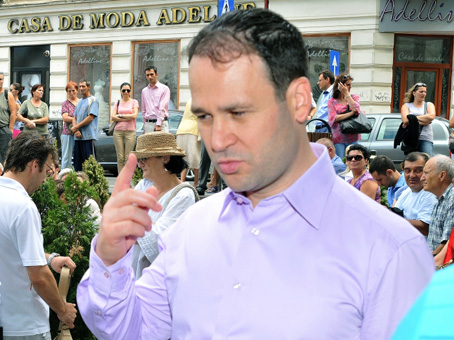 2012_10_15_ robert negoita 1_rsz