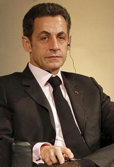 Nicolas Paul Stéphane Sárközy Nagy Bócsai, cunoscut ca Nicolas Sarkozy, (n. 28 ianuarie 1955, Paris) este un politician francez, fost președinte al Franței și coprinț al Andorei din 16 mai 2007 până la 15 mai 2012 - foto: ro.wikipedia.org
