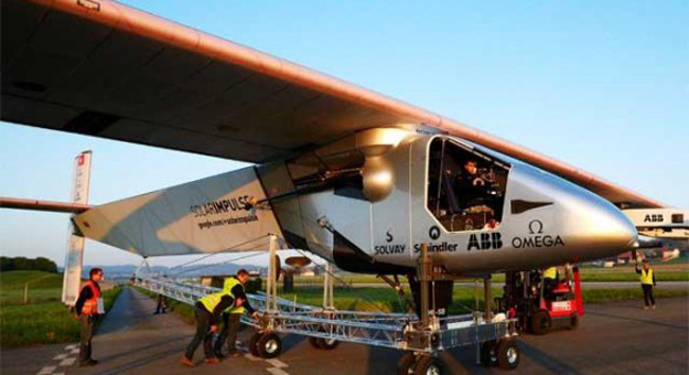 solar-impulse-2-10-interesting-features-of-this-ultra-lightweight-plane-586x319