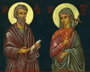 Sfinții, slăviții și mult lăudații Apostoli Acvila și Priscila se numără printre Cei Șaptezeci de Apostoli. Acvila (sau Achila) era un evreu din Italia, care s-a mutat în Corint împreună cu soția sa Priscila, atunci când împăratul roman Claudiu i-a alungat pe evrei din Italia. Apostolul Pavel i-a întâlnit în Corint, i-a convertit și le-a botezat întreaga casă, apoi a rămas cu ei timp de un an și jumătate. Acvila și Priscila au mers împreună cu Sfântul Pavel în Efes, unde acesta a scris prima sa Epistolă către Biserica din Corint, în care el îi menționează pe Sfinții Acvila și Priscila (I Corinteni 16,19). Când a murit împăratul Claudiu, evreilor li s-a permis să se reîntoarcă la Roma, ceea ce Sfinții Acvila și Priscila au și făcut. Astfel, atunci când Sfântul Apostol Pavel a scris Bisericii din Roma, el i-a salutat pe vechii săi prieteni în Epistola sa (Romani 16,3-4). Mai târziu, acești sfinți au mers încă o dată la Efes, împreună cu Apostolul Timotei, iar Sfântul Apostol Pavel îi menționează iarăși în a doua Epistolă către Timotei (II Timotei 4,19). Ca episcop, Sfântul Acvila a construit numeroase biserici, a distrus mulți idoli, a hirotonit mulți preoți și a propovăduit Evanghelia cu multă vigoare. El a fost martirizat pentru numele lui Hristos, săvârșindu-se de sabie. Biserica îl pomenește pe Sfântul Acvila pe 14 iulie și pe 13 februarie, împreună cu Sfânta Priscila - foto: doxologia.ro