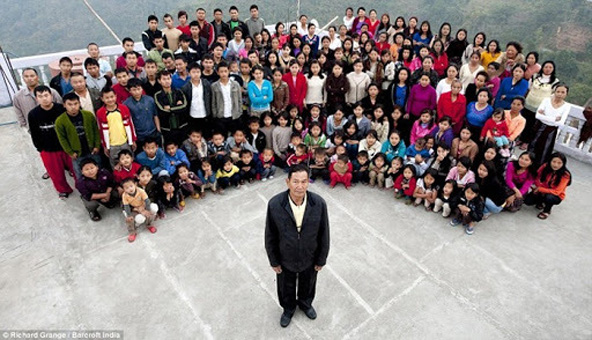 largest-family1[2]