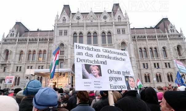 proteste-budapesta3-afp