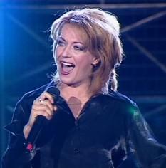 Laura Stoica (numele complet Adriana-Laurenția Stoica) (n. 10 octombrie 1967 - d. 9 martie 2006) a fost o cântăreață, compozitoare de muzică pop rock și actriță română. Este adesea considerată drept cea mai importantă solistă de rock pe care a dat-o România și una dintre cele mai puternice și originale personalități feminine ale scenei muzicale autohtone - foto: ro.wikipedia.org