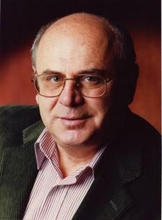 Alexandru Herlea, preşedintele Asociaţiei La Maison Roumaine din Paris, fost ministru al Integrării Europene - foto - facebook.com/herlea.alexandru