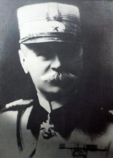 Gheorghe D. Mărdărescu, (n. 4 august 1866, Iași - d. 5 septembrie 1938 Bad Nauheim, Germania) general al armatei române în Ungaria Generalul Ungariei (1919-1920), decorat de Regele Ferdinand și Regina Maria cu Ordinul militar Mihai Viteazul clasa III-a pentru acțiunea contra regimului bolșevic al lui Béla Kun. Ministru de Război (1922-1926) - foto - ro.wikipedia.org