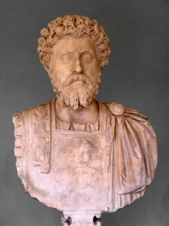 Marc Aureliu, în latină Marcus Aurelius (n. 26 aprilie 121, Roma, d. 17 martie 180, probabil la Vindobona, azi Viena) a fost un împărat roman din dinastia Antoninilor, între anii 161 și 180 d.Hr., și filosof stoic. Născut ca Marcus Annius Verus sau Marcus Catilius Severus, a luat mai târziu, după ce a fost adoptat de împăratul Antoninus Pius, numele de Marcus Aelius Aurelius Verus. Ca împărat s-a numit Marcus Aurelius Antoninus Augustus - foto: ro.wikipedia.org