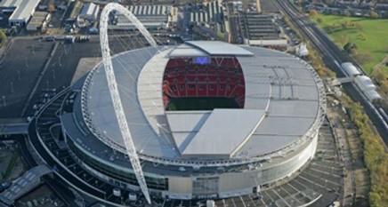 Stadionul Wembley din Londra - foto preluat de pe cersipamantromanesc.wordpress.com